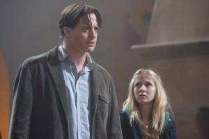BRENDAN FRASER as Mo and ELIZA HOPE BENNETT as Meggie