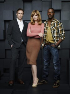 """THE BLACK BOX - ABC's """"The Black Box"""" stars Ditch Davey as Dr. Ian Bickman, Kelly Reilly as Catherine Black and David Ajala as Will Van Renseller. (ABC/Andrew Eccles)"""
